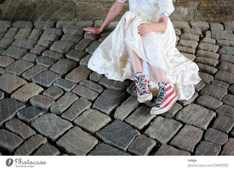 Ostwestbraut | UT Dresden Frau Mensch Jugendliche Junge Frau Erwachsene Lifestyle Leben feminin Stil außergewöhnlich Fuß modern einzigartig Coolness Hochzeit
