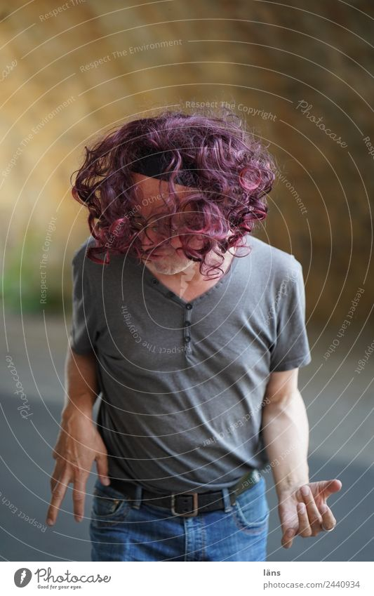 rock it Mensch Mann Freude Erwachsene Leben Gefühle Haare & Frisuren Stimmung Zufriedenheit maskulin Musik Kraft 45-60 Jahre Fröhlichkeit Erfolg Coolness