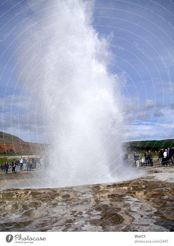 Geysir 03 Natur Wasser Kraft Erde Europa Energiewirtschaft Rauch Island Gas Umweltschutz Nationalpark unberührt driften Schwefel