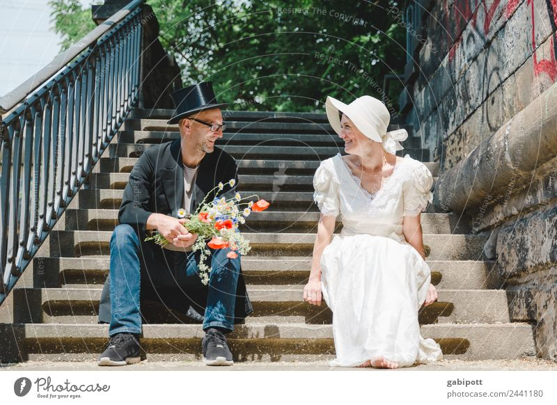 better together | UT Dresden 2018 Stil Freude Glück Hochzeit Mensch maskulin feminin Frau Erwachsene Mann Paar Partner Hut Freundlichkeit Fröhlichkeit frisch