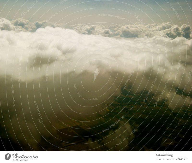 Wolkengrenze Natur Himmel Pflanze Sommer Wald Wiese oben Landschaft Luft Feld Flugzeug Wetter Umwelt fliegen Horizont