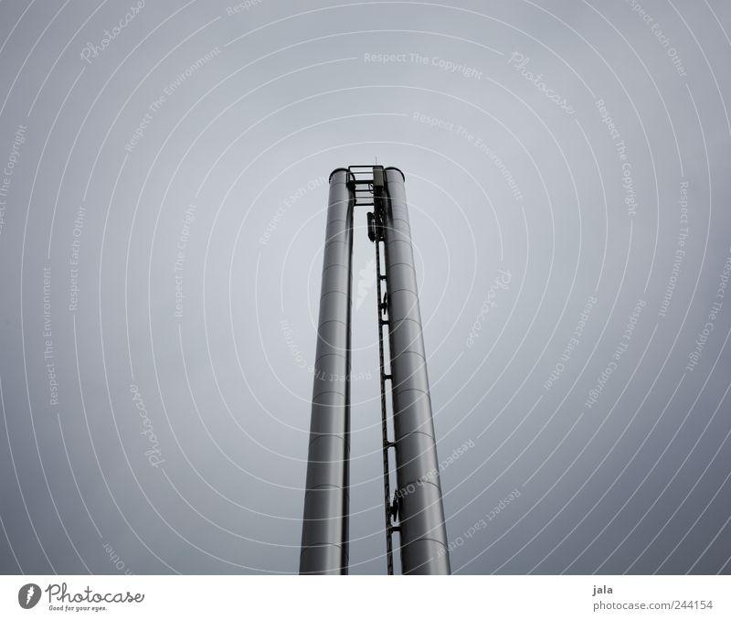 || Himmel blau ästhetisch dünn Röhren Bauwerk silber Schornstein