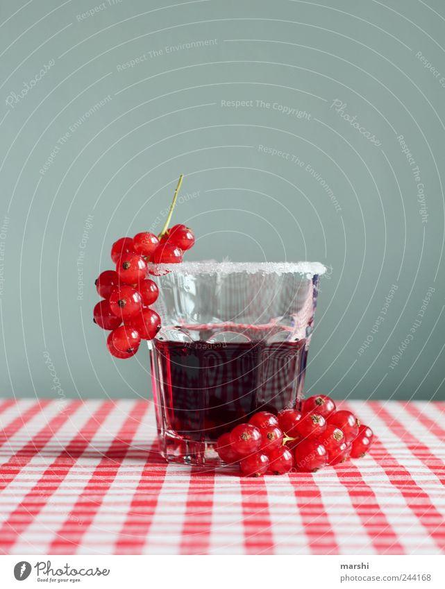 Erfrischung Lebensmittel Frucht Ernährung Getränk trinken Erfrischungsgetränk Saft Glas rot durstig Zucker Beeren johannisbeerensaft kariert lecker sauer