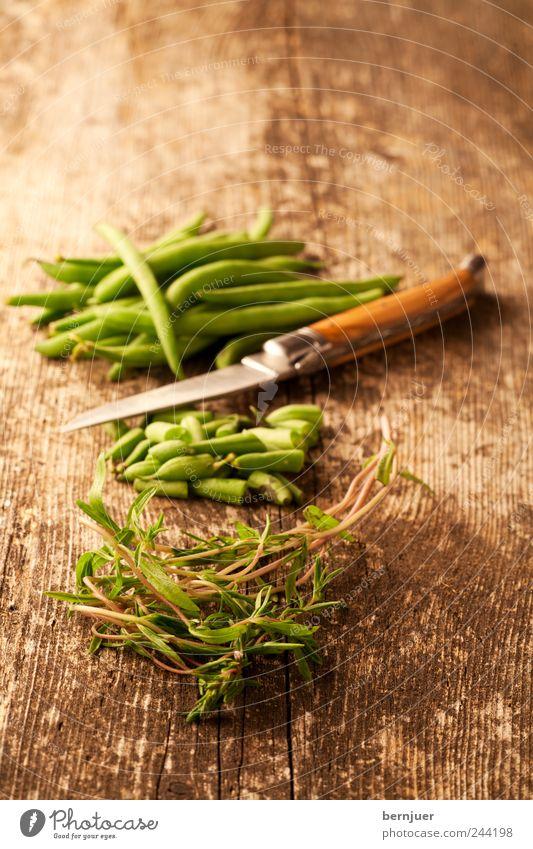Satureja grün Holz Lebensmittel Kochen & Garen & Backen Kräuter & Gewürze Gemüse Appetit & Hunger Holzbrett Diät Messer geschnitten Bohnen Vegetarische Ernährung Mahlzeit zubereiten Schnipsel