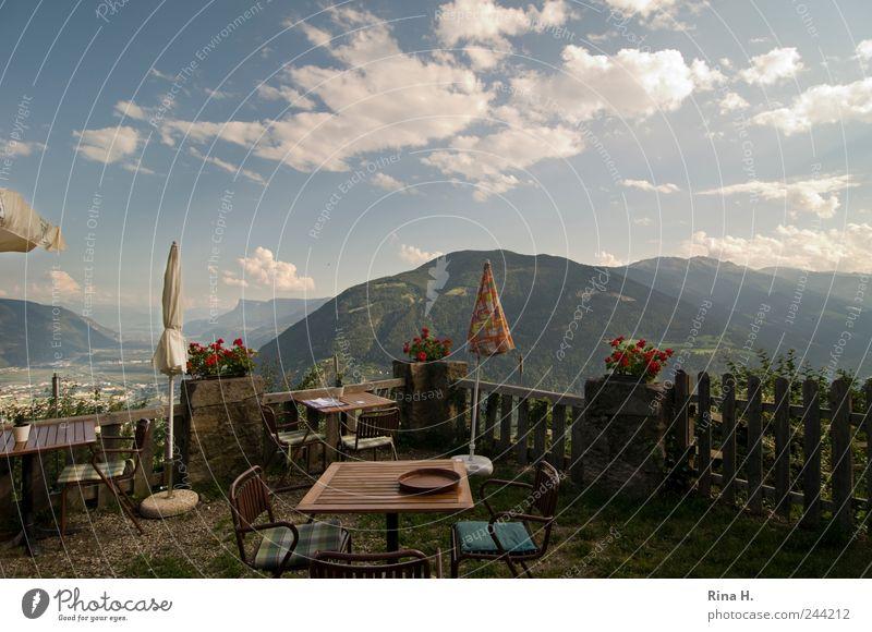 Schöne Aussicht III Himmel Natur Sommer Ferien & Urlaub & Reisen Wolken Landschaft Berge u. Gebirge Stimmung Wetter Zufriedenheit Freizeit & Hobby warten