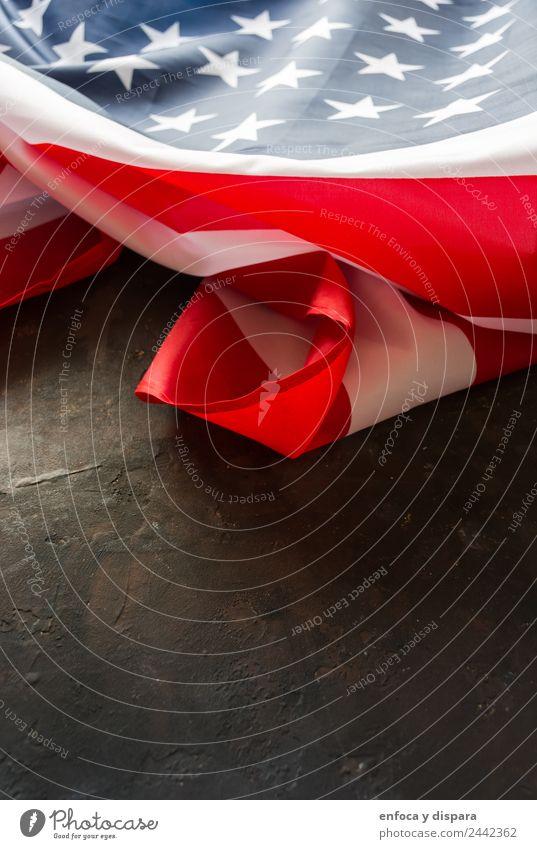 amerikanische Flagge Freiheit Wind Zeichen Streifen Fahne blau rot weiß Selbstständigkeit Amerikaner Hintergrund Land Demokratie Juli Nation national Patriotin