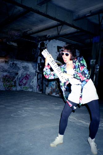 Elektrische Schlagerparade Lifestyle Stil Freude Nachtleben Entertainment Party Musik Club Disco ausgehen Feste & Feiern clubbing Tanzen Mensch feminin