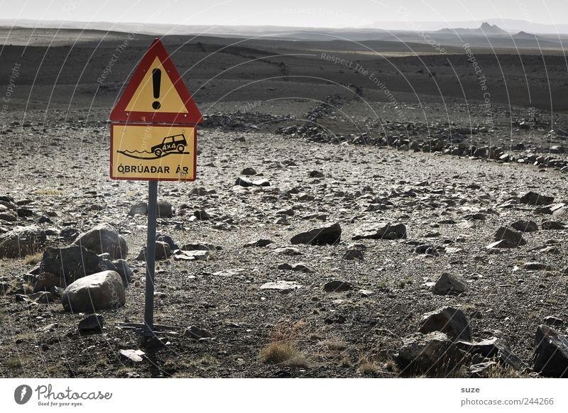 Steine auf dem Weg Natur Landschaft Erde Horizont Wege & Pfade Schilder & Markierungen Hinweisschild Warnschild trocken gefährlich Ziel Island Geländewagen