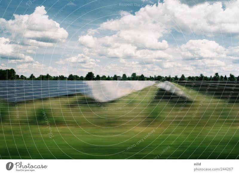 Solar Natur grün blau Sommer Ferien & Urlaub & Reisen Wolken Bewegung Landschaft Feld Umwelt Wetter Energie Energiewirtschaft Elektrizität fahren Zukunft