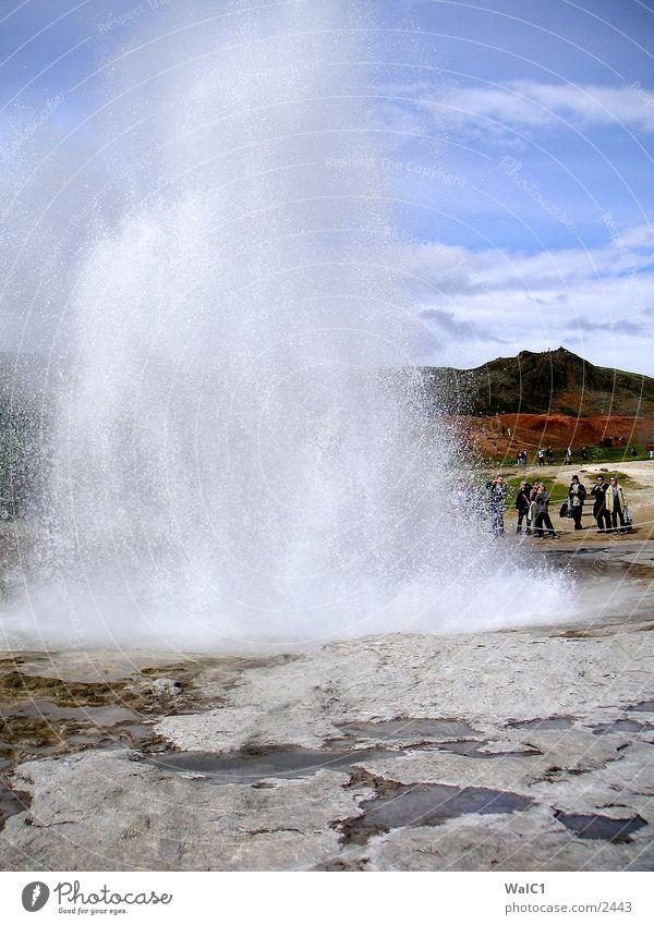 Geysir 01 Natur Wasser Kraft Erde Europa Energiewirtschaft Rauch Island Gas Umweltschutz Nationalpark Geothermik unberührt driften Schwefel Geysir