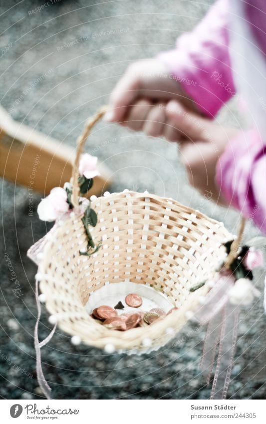 Blumenkind Kind Kindheit Arme Hand Finger 3-8 Jahre tragen Hippie blumenmädchen Korb Schleife Spardose Ehe Hochzeitstag (Jahrestag) Hochzeitszeremonie Tradition