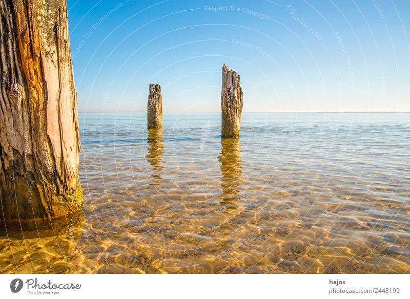 Stolpmünde, Ostsee in Polen mit Resten einer Kriegsmole Ferien & Urlaub & Reisen Tourismus Sommer Strand Natur Sand historisch blau ustka stolpmünde meer