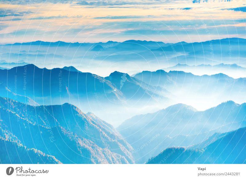 Landschaft mit Sonnenuntergang in blauen Bergen schön Ferien & Urlaub & Reisen Tourismus Abenteuer Ferne Sommer Berge u. Gebirge Natur Luft Erde Himmel Wolken