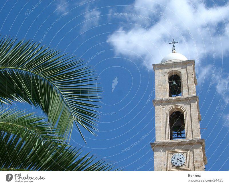 14:20 Uhr Himmel blau Wolken Palme Kreta Chania