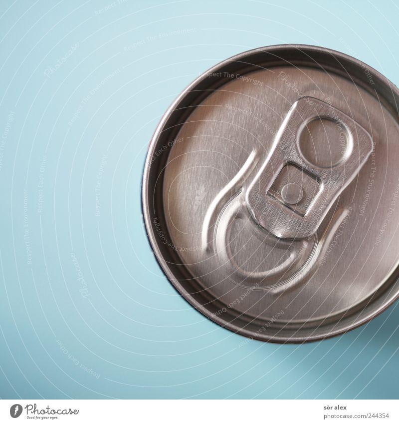 Getränkedosenverschluss blau Metall frisch genießen geschlossen rund Sicherheit lecker Müdigkeit Erfrischung Durst Umweltverschmutzung Erfrischungsgetränk Dose