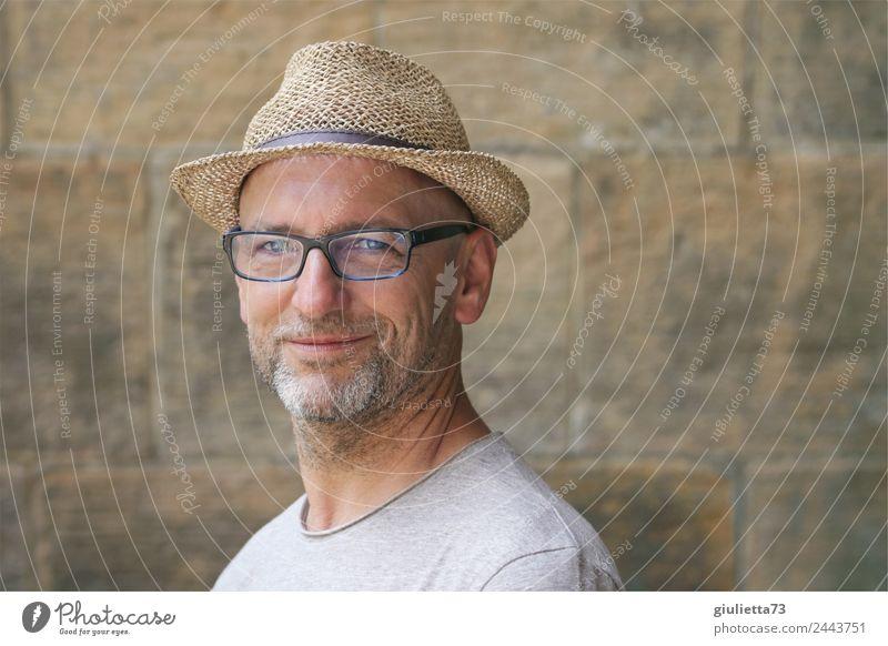 Beautiful smile | UT Dresden maskulin Mann Erwachsene Männlicher Senior Leben 1 Mensch 45-60 Jahre Sommer Schönes Wetter Brille Hut Strohhut grauhaarig Glatze