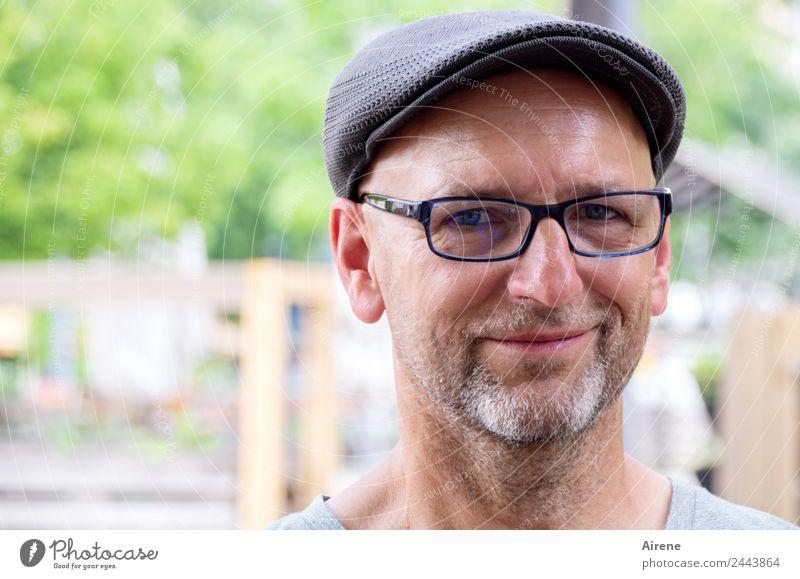 Bitte lächeln! | UT Dresden Mensch maskulin Mann Erwachsene Kopf Gesicht 1 Brille Mütze Bart Lächeln Freundlichkeit natürlich Freude Warmherzigkeit Sympathie