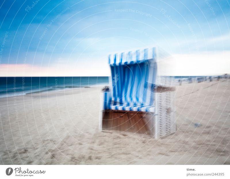 Einladung Himmel weiß blau Strand Meer Leben Gefühle Umwelt Bewegung Sand träumen Küste hell Zeit elegant Insel