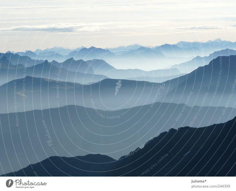 Bergwelten Himmel Natur blau Sommer weiß Erholung Landschaft ruhig Ferne schwarz Berge u. Gebirge Freiheit Felsen träumen Wetter Aussicht