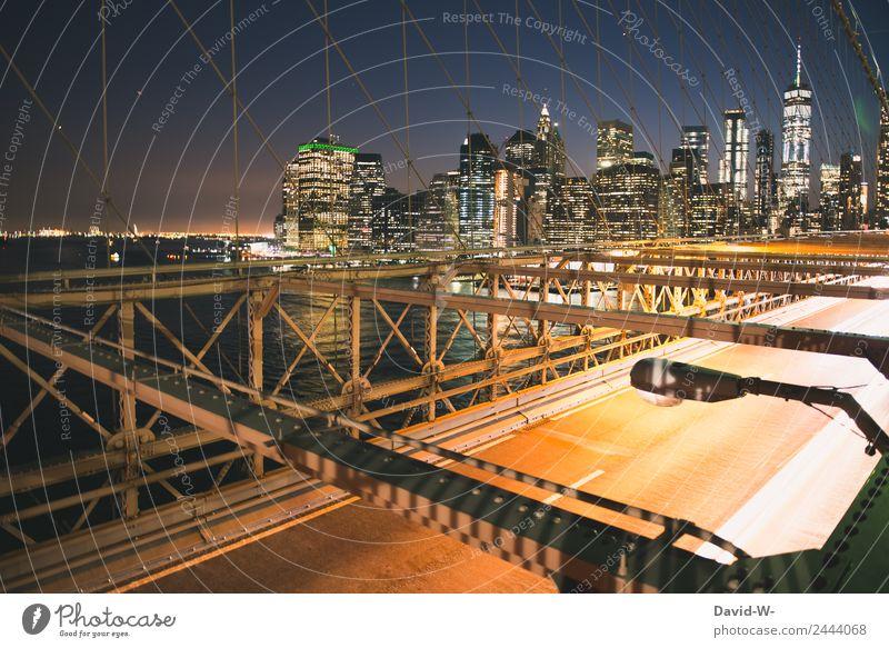 New York bei Nacht Mensch Ferien & Urlaub & Reisen Ferne Straße Lifestyle Umwelt Tourismus Ausflug Häusliches Leben Design leuchten Abenteuer groß kaufen Brücke