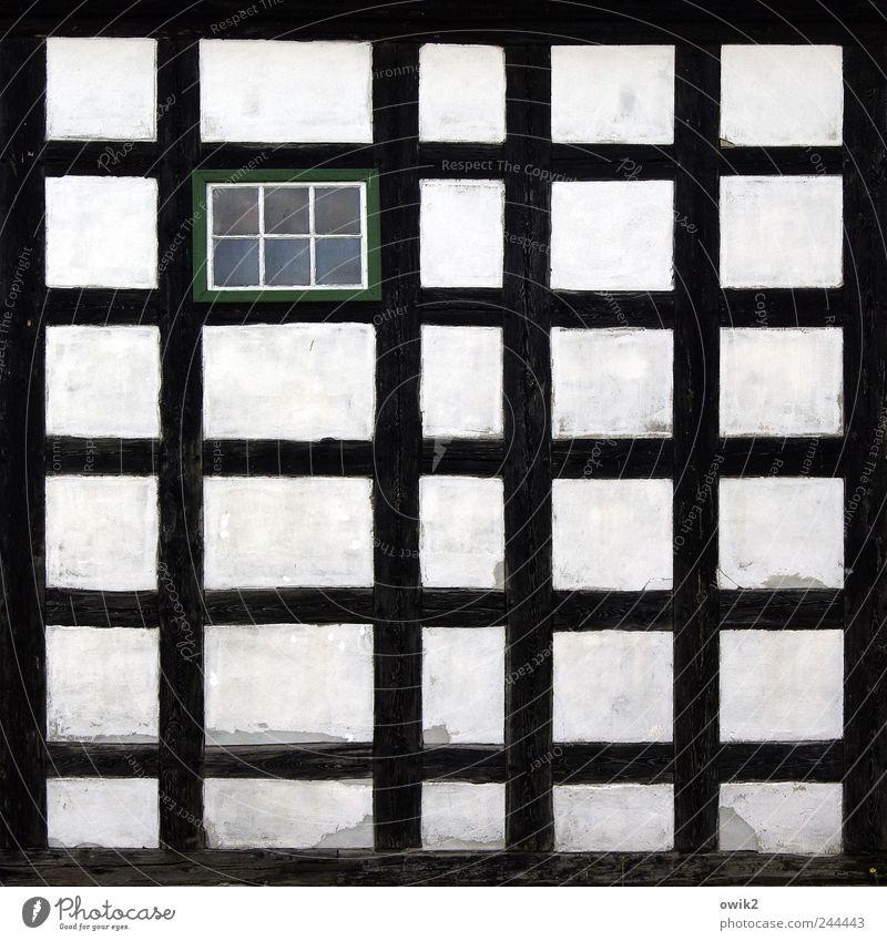Setzkasten Pechern Sachsen Deutschland Dorf Kirche Bauwerk Gebäude Architektur Mauer Wand Fassade Fenster Fachwerkfassade Balken Holz Glas eckig einfach grau