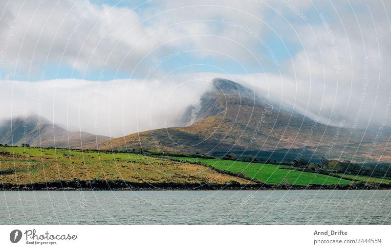 Irland Ferien & Urlaub & Reisen Tourismus Ausflug Abenteuer Ferne Freiheit Meer Berge u. Gebirge Natur Landschaft Himmel Wolken Nebel Wiese Feld Hügel Wellen