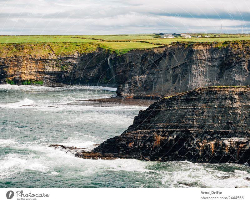 Bromore Cliffs - Irland Ferien & Urlaub & Reisen Tourismus Ferne Sommer Sommerurlaub Meer Wellen Natur Landschaft Wasser Himmel Wolken Frühling Schönes Wetter