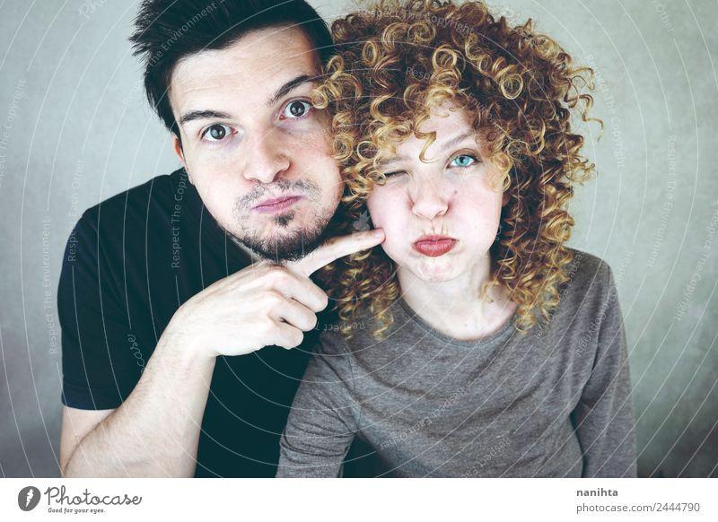 Frau Mensch Jugendliche Mann Freude 18-30 Jahre Erwachsene Lifestyle Liebe lustig feminin Familie & Verwandtschaft Paar Haare & Frisuren Freundschaft maskulin