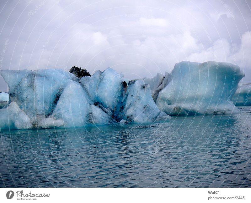 Gletschersee 03 Eisberg Gebirgssee Gletscher Vatnajökull Wasserfahrzeug Island Umweltschutz Nationalpark unberührt Europa Natur Kraft Energiewirtschaft Eisblock