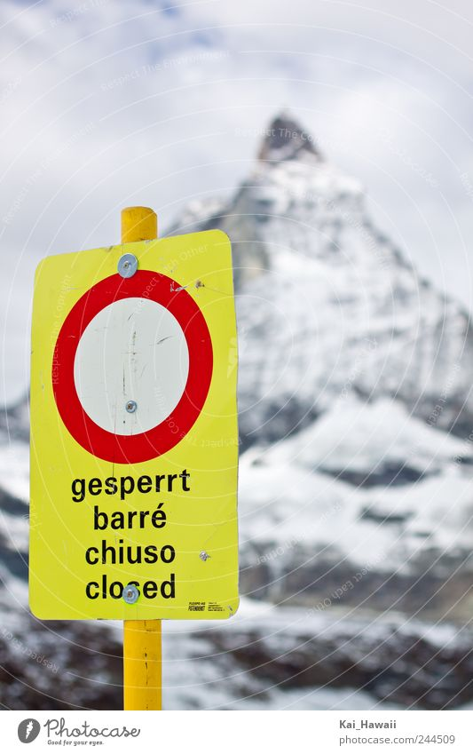 Geschlossen Sightseeing Winter Schnee Berge u. Gebirge Matterhorn Zermatt Natur Himmel Wolken Klimawandel Wetter Eis Frost Felsen Alpen Gipfel