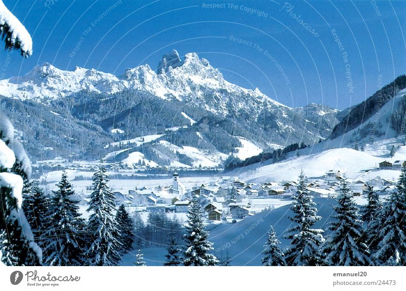 Winterlandschaft Natur Baum Winter kalt Schnee Berge u. Gebirge Landschaft Bergdorf