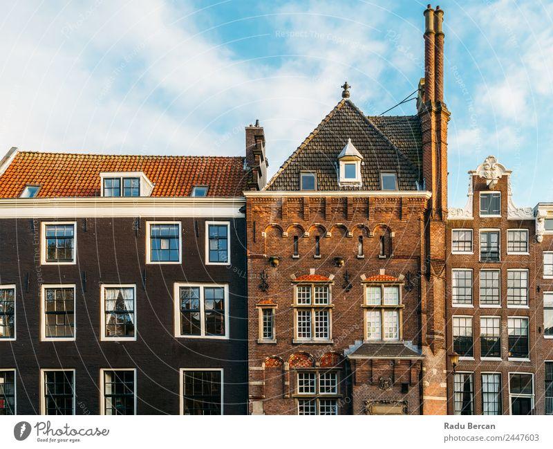 Schöne Architektur niederländischer Häuser am Amsterdamer Kanal im Herbst Niederlande Großstadt Haus Berühmte Bauten Ferien & Urlaub & Reisen Niederländer