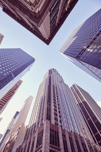 Wolkenkratzer in Manhattan bei Sonnenuntergang, New York, USA. Wohnung Büro Wirtschaft Kapitalwirtschaft Börse Geldinstitut Business Mittelstand Unternehmen