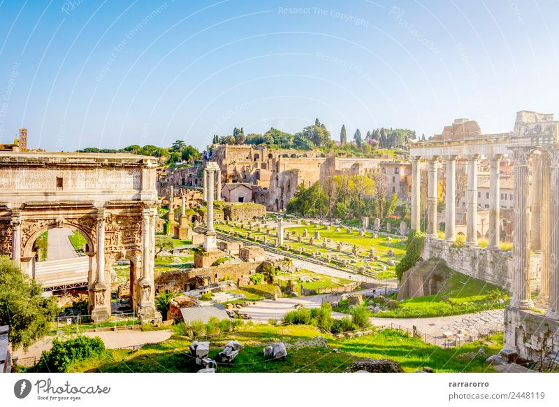 Römisches Forum in Rom, Italien Lifestyle Ferien & Urlaub & Reisen Tourismus Sightseeing Städtereise Sommer Sonne Kultur Landschaft Himmel Kirche Ruine Platz