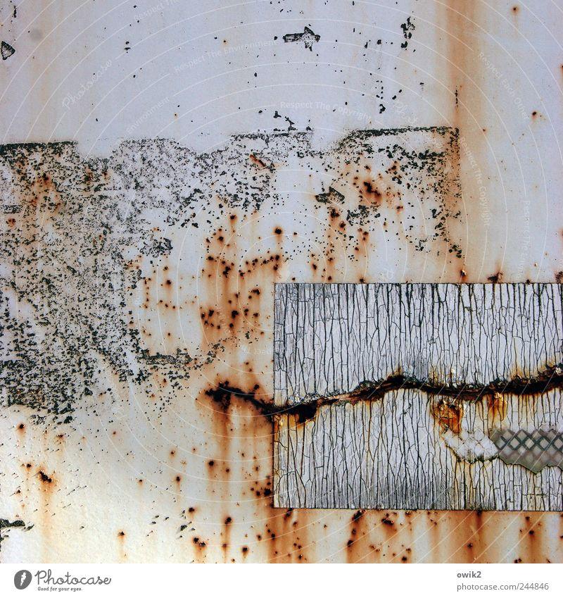 Quadrant alt Metall dreckig Design Technik & Technologie Streifen Wandel & Veränderung Vergänglichkeit Spuren Punkt Kunststoff trashig Verfall Rost bizarr