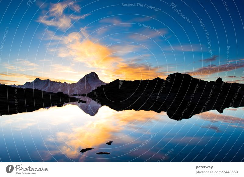 Bietschorn mountain peak at sunrise Himmel Natur Sommer blau Landschaft Wolken Berge u. Gebirge See Felsen Aussicht Alpen Schweiz Teich Höhe Durchblick Tal
