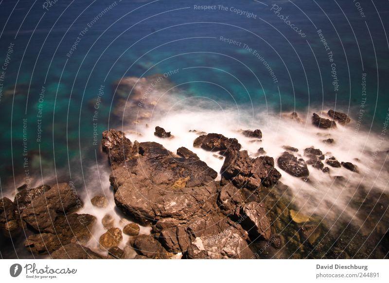 Meer triffs auf Felsen Natur blau Wasser Sommer Landschaft Küste Stein Insel Ostsee Mittelmeer Riff Griechenland Kreta Vogelperspektive
