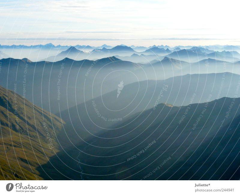 Schöne Aussichten! Himmel Natur blau grün Sommer weiß Erholung Landschaft Wolken Ferne Berge u. Gebirge Leben Zeit Freiheit Horizont Zufriedenheit