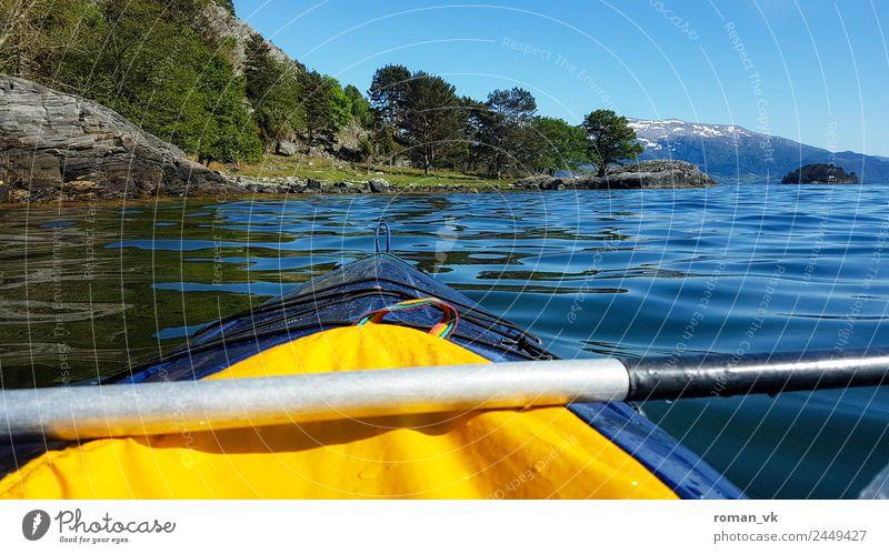 Wasserweg Umwelt Natur Landschaft Pflanze Urelemente Frühling Sommer Schönes Wetter Felsen Fjord Insel Tugend Willensstärke Kajak Abenteuer überschätzung