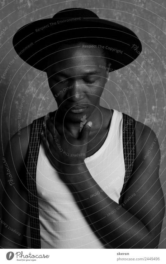 trauriger Afrikaner mit großem Hut und Hosenträgern Lifestyle elegant schön Kindererziehung Bildung Arbeit & Erwerbstätigkeit Beruf Mensch maskulin Jugendliche