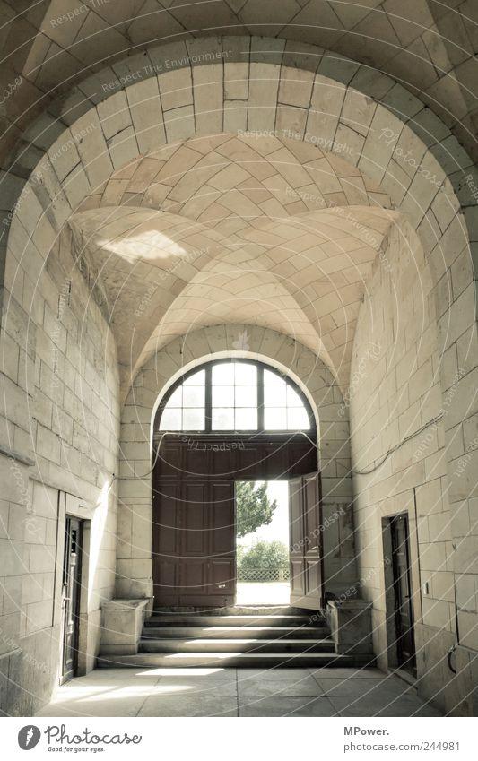 exit Haus Wand Holz träumen Stein Mauer Architektur Tür Treppe offen gruselig Tor Burg oder Schloss historisch