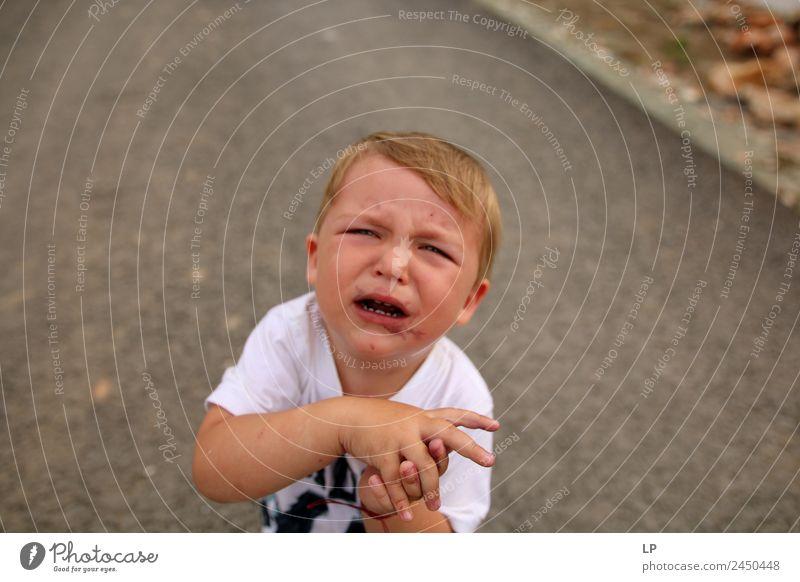 Kind Mensch Erwachsene Leben Senior Gefühle Familie & Verwandtschaft Stimmung Angst Kindheit gefährlich Baby Zukunftsangst Bildung Wut Stress