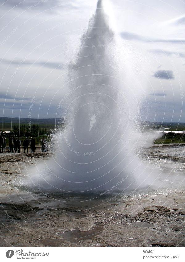Geysir 04 Natur Wasser Kraft Erde Europa Energiewirtschaft Rauch Island Gas Umweltschutz Wissenschaften Nationalpark unberührt driften Schwefel