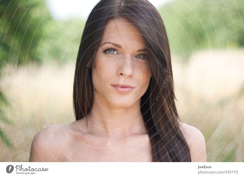 #245110 schön Sommer Frau Erwachsene Leben Kopf Haare & Frisuren Gesicht Auge Mund Mensch Natur Pflanze Feld brünett langhaarig Denken entdecken Erholung
