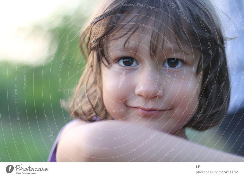Grübchen und ein Lächeln Lifestyle Stil Freude schön Gesicht Wellness harmonisch Wohlgefühl Zufriedenheit Sinnesorgane Erholung ruhig Freizeit & Hobby