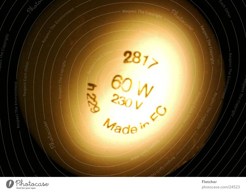 Glühbirne Lampe dunkel hell Beleuchtung Technik & Technologie rund Elektrisches Gerät