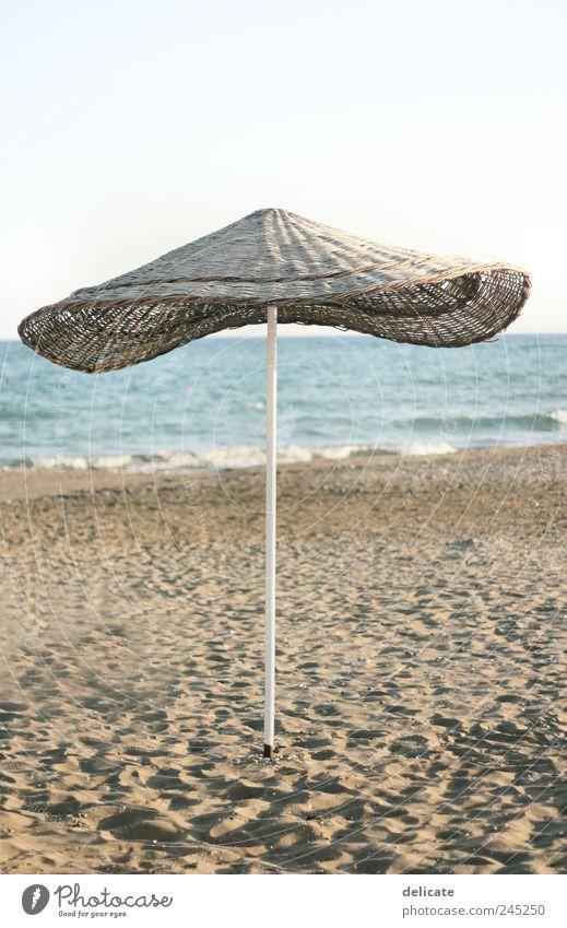 Sunblocker Natur Wasser blau Sommer Strand Meer ruhig Erholung Landschaft Sand braun Wellen Schwimmen & Baden Sonnenbad Sommerurlaub Freizeit & Hobby