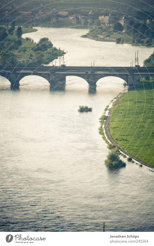 Elbe Wasser blau grün Stadt ruhig Ferne Erholung Architektur Deutschland gold leer Brücke Europa Fluss Bauwerk Dresden