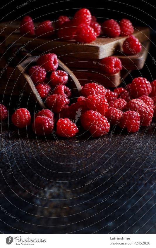 Sommer rot dunkel schwarz natürlich Textfreiraum rosa Frucht Ernährung frisch Frühstück Dessert Beeren Diät Vegetarische Ernährung Vitamin