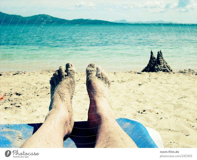 relax Ferien & Urlaub & Reisen Erholung Sandburg Liegestuhl Strand Pause beine hochlegen buddeln Kinderspiel Sandspielzeug
